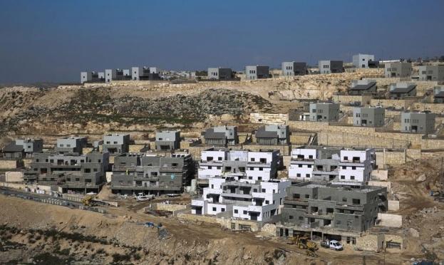الاحتلال بصدد مصادرة أراض فلسطينية لتوسيع شارع ومستوطنات