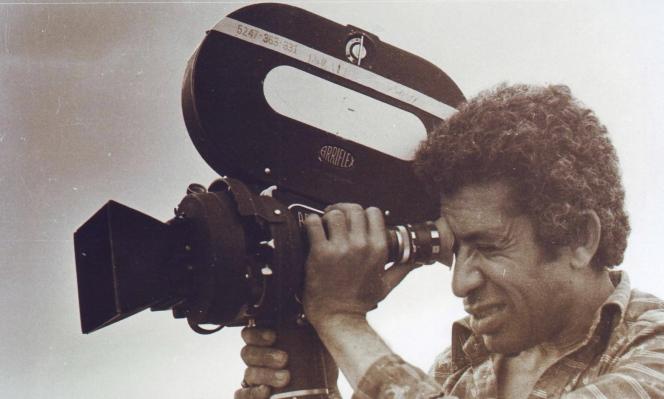 حوار مع قاسم حَوَل عن مشاكل السينما الفلسطينيّة   أرشيف