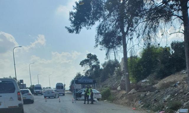 حواجز وأعمال تمشيط واسعة في منطقة الناصرة بحثا عن الأسيرين انفيعات وكممجي