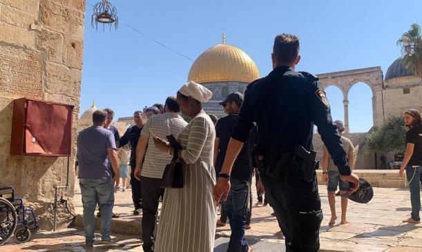المتابعة تدعو إلى وقف انتهاكات الاحتلال ومستوطنيه في الأقصى