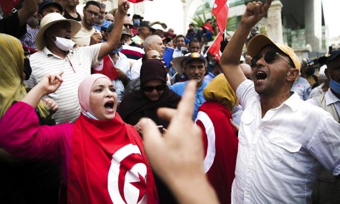 """الرئيس التونسيّ: """"التدابير الاستثنائيّة ستتواصل"""""""