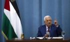 استطلاع: 80% من سكان الضفة وغزّة يريدون استقالة عبّاس