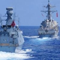 تقرير: مواجهة بحرية بين فرقاطة تركية وسفينة يونانية