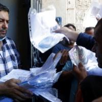 تحليلات إسرائيلية: زيادة عدد تصاريح العمل لغزيين منعا للتصعيد