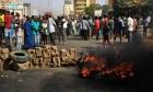 السودان: الجيش يحل مجلسي السيادة والوزراء ويعلن حالة الطوارئ