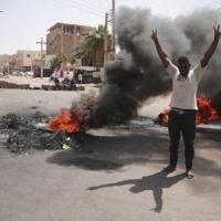 السودان: مطالبة أميركية - أوروبية بالإفراج الفوري عن المعتقلين ولقاء حمدوك